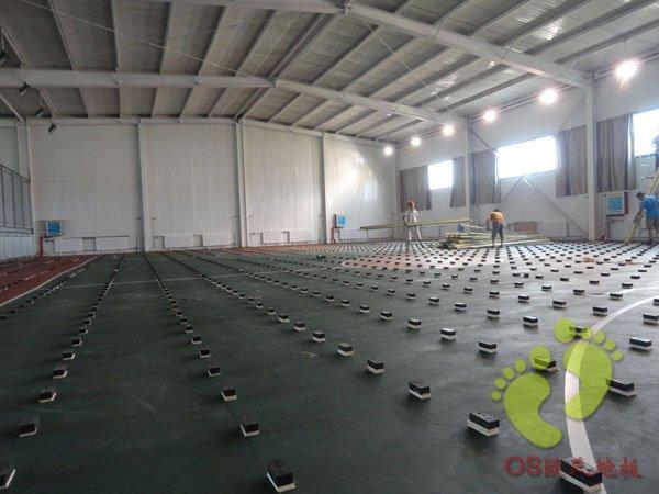 呼和浩特少年宫体育馆篮球场运动木地板铺设